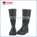 Wear resistant mining safety boots