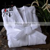 Factory 100% cotton luxury hotel terry towel cloth bathrobe