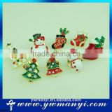*UK* BEAUTIFUL CHRISTMAS STOCKING BROOCH FESTIVE JEWELLERY HOLLY PRESENTS GIFT FASHION BROOCHES B0126