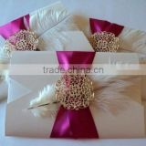 vintage beauty ribbon & feather with brooch romance fold pocket wedding invitation cards                                                                         Quality Choice