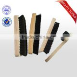 Good quality wooden handle, horse hair shoe brush (IB510044)