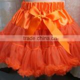 Wholesale beautiful tutu tulle ,super fluffy pettiskrit with bow for girls