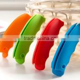 Factory price portable silicone shopping bag handle