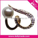 High Quality Heart Shape Golden Rhinestone Pearl Wholesale Bulk Brooch