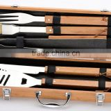 yangjiang factory manufacture stainless steel barbeque tools with wooden handle