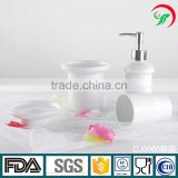 China factory wholesale custom ceramic porcelain white bathroom accessory set for shower use