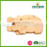 2016 cheap animal shaped wood cutting board, custom animal shaped bamboo kitchen cutting board wholesale