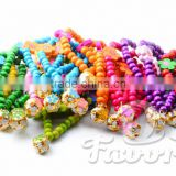 Color wooden bead necklace bell flowers pet dogs and cats necklace factory direct supply pet necklace