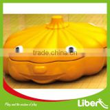 2014 New Pumpkin Design Kids Outdoor&Indoor Playground Customized Plastic&Wooden Sandbox with Cover Sandpit LE.SS.004