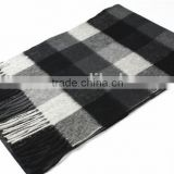 Men Yarn Dyed Checked Cashmere Scarf With Fringe