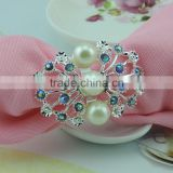 wholesale bulk silver plating flower shape zinc alloy plastic pearls napkin ring