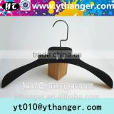 YY0480 chic logo black velvet men coat hanger velvet clothes hangers                                                                                                         Supplier's Choice