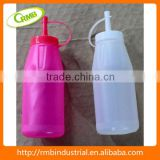 Chinese wholesale plastic sauce dispenser/ketchup bottle