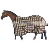 Horse Fleece Rug in Attractive Diamond Print .