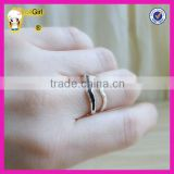 Fashion black stone stackable ring wholesale sterling silver v-shape ring silver chevron ring