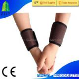 Magnetic therapy wrist wrap brace