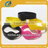 cheap rfid Uhf Silicon Wristband tag,Adult Size PVC Rfid Bracelet,long range reflective rfid uhf watches for member management