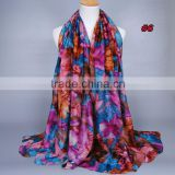 Wholesale Ladies printe flower cotton scarf Latest Fashion Long 100% Viscose Scarf Shawls and Scarves Floral Print Hijab Scarf