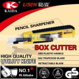 Plastic with rubber grip handle Auto Retractable Safety Box Cutter sharpenper