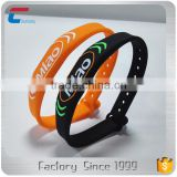 cheap price GYM MIFARE Classic 1K custom rfid nfc rubber wristbands silicone bracelet