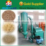 Industrial wood crusher machine for making the material of wood pallet block processing line