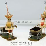 wholesale harvest metal table craft dwarf push and pull the cart