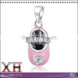 EXW Factory Price CZ Heart Pink Enamel Baby Shoe Charm Pendant