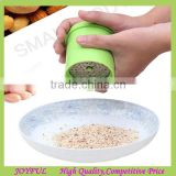 New arrival plastic manual nut grinder