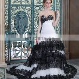 Elegant Bridal gowns sweetheart neckline Black and white A-line Wedding Dresses