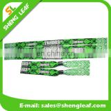 Well design woven wristband with clip