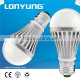 New design good heat dissipation energy saving CE/RoHS aluminium PC led bulb E26/E27 base