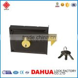 TYPE OF ITALIAN LATCH DOOR LOCK WITH ROUND INTERNAL CYLINDER 720G