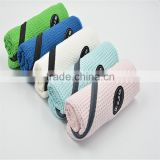Wholesale 100 percent cotton with zipper pocket golf towel