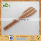 Bamboo spatula with food-grade clear varnish