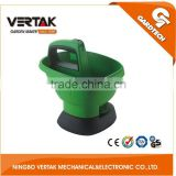Professional garden supplier pollution-free 6V Cordless Seed/fertilizer Spreader