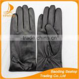 The best quality leather gloves ladies and girls leather gloves with Bud silk pattern leather bow