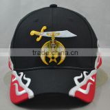 Guangzhou hat factory professional custom/ 100% cotton /6 panel / embroidery logo and the red/black baseball cap