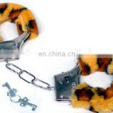 Latest design high quality competitive sexy handcuffs toy adult sex toy wholesale SH2001