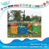 Small kids plastic slide with ball pit good quality
