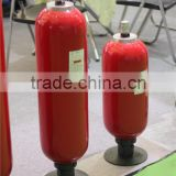 Hydraulic bladder accumulator for hydraulic die casting machine