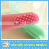 Hot selling silicone rubber baby teeth brush fashion design silicone baby teething toys
