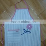 children kitchen apron&painting apron with customized logo cotton fabric new design pink flower embroidered