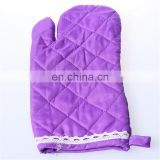 Wholesale fashion polyester quilting cooking gloves