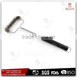 Stainless steel wire long handle bbq rotating cleaning grill brush for grill                                                                                                         Supplier's Choice