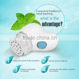 Wholesale Palm Design Waterproof Spin Bath Brush