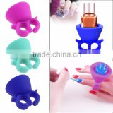 Finger Wearable Nail Polish Bottle Holder Silicone Display Round Stand Ring Pink