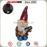 "14.4"" polyresin kneeling gnome holding solar flashlight statue, solar powered flashlight with gnome"