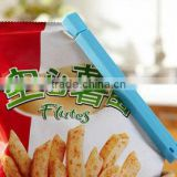 Cheap Promotional Give-away Plastic Chip bag clips