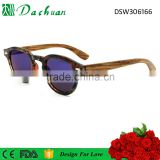 Classic good quality PC injection frame wood temple 1.1mm TAC polarized round wood sunglasses with mirror coating UV400