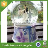 Chinese Polyresin Material Decoration Wedding Snow Globes Wholesale                                                                         Quality Choice